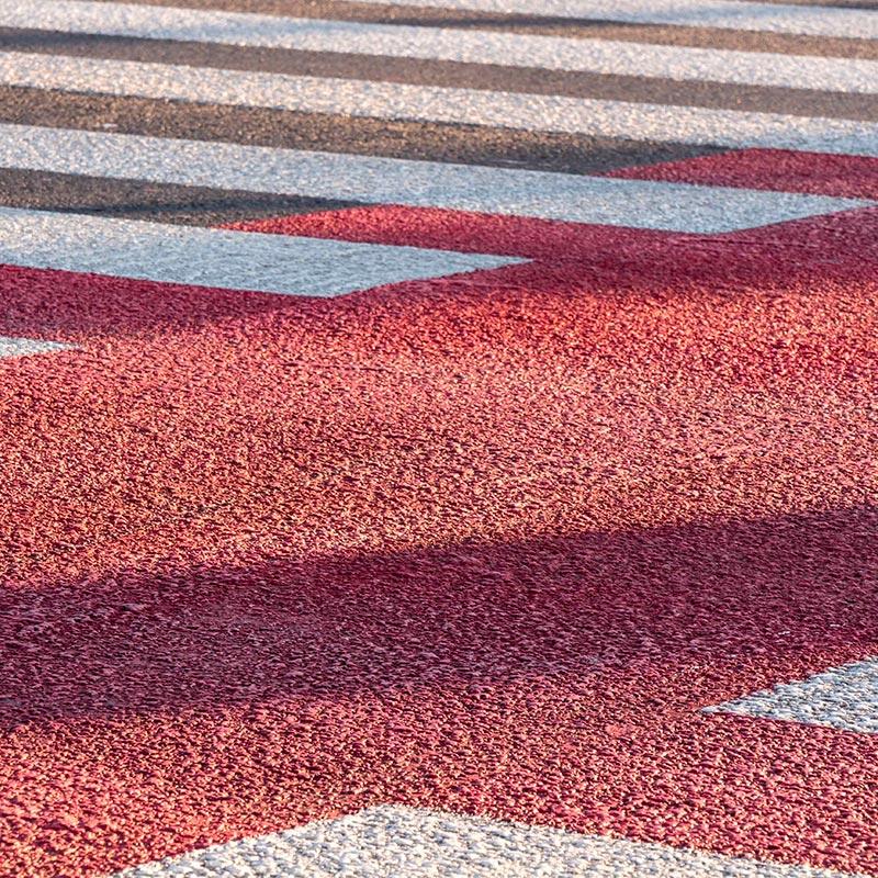 Pavimentazione stradale con asfalti colorati